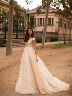 Giovanna-luxury Ellie 1