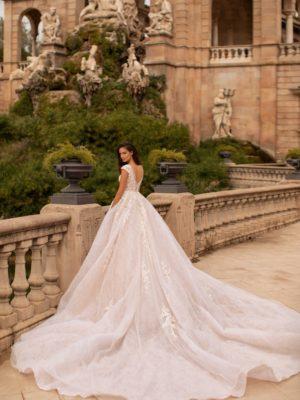 Giovanna-luxury Miriam 2